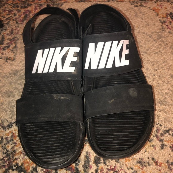 Nike Shoes   Nike Sandals Will Clean Up